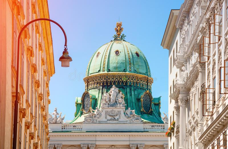 维也纳 奥地利 Michaelertrakt宫殿, Alte Hofburg在维恩 K 库存照片