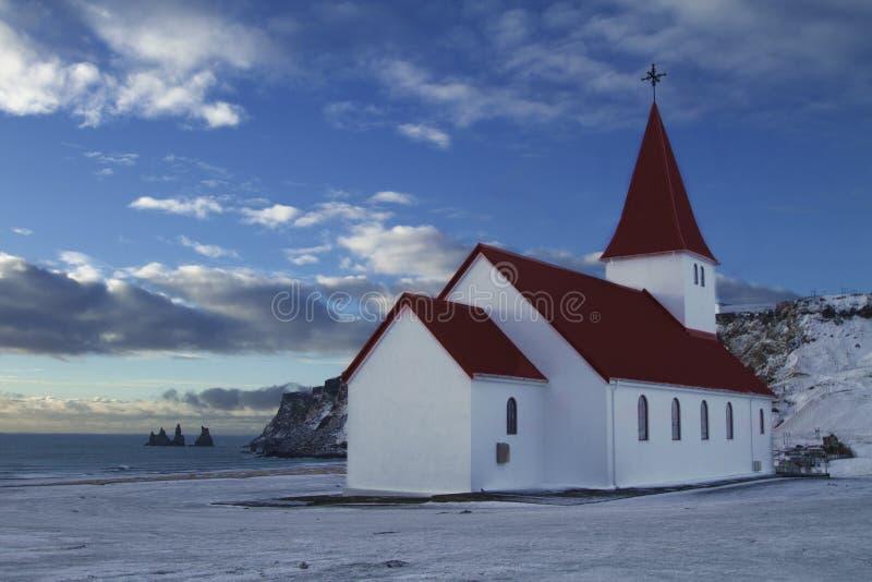 维克教会风景在冰岛 免版税库存照片