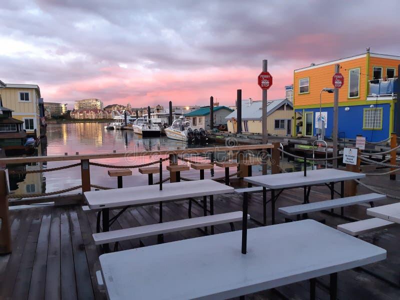 维多利亚渔人码头空桌 库存照片