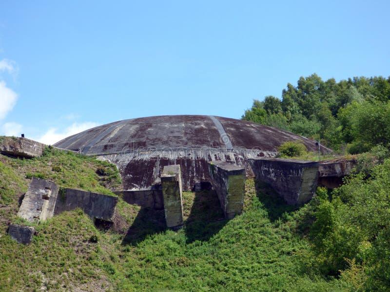 维泽讷,法国- 2019年5月1日:圆顶La Coupole是纳粹德国建立的第二次世界大战地堡复合体 免版税库存照片