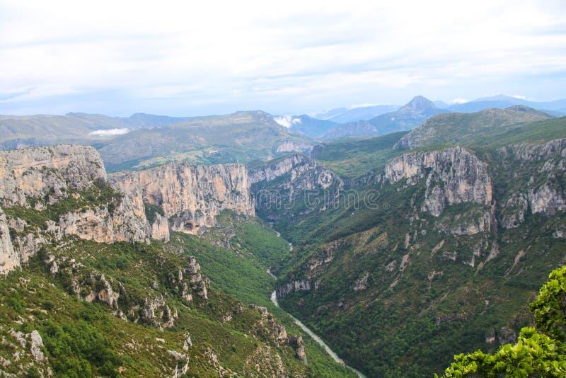 维登峡谷法语:Gorges du维登,南法国 库存图片