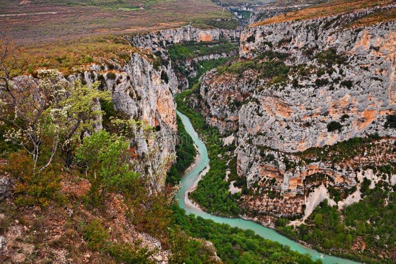 维登峡谷,普罗旺斯,法国:河峡谷的风景 库存照片