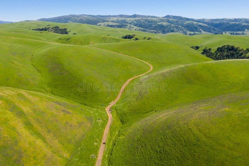 绵延山,加利福尼亚北部鸟瞰图三谷的 免版税库存照片