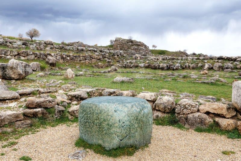 绿岩立方体在哈图沙,古老赫梯资本,从法老王Ramesse的礼物II 乔鲁姆,土耳其 免版税库存照片