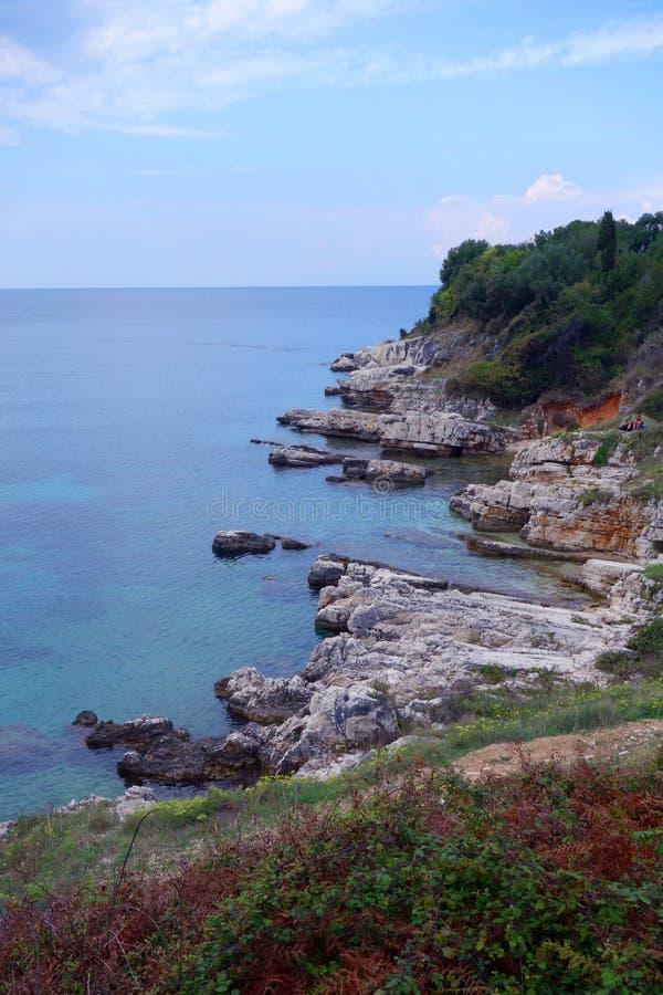 绿松石沿海在科孚岛 库存照片
