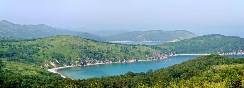 绿松石海湾的全景 库存照片