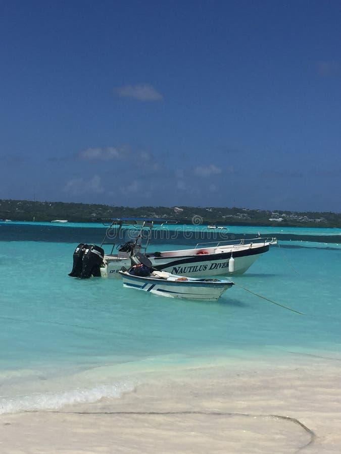 绿色和蓝色海滩在圣安德列斯-哥伦比亚 免版税库存图片