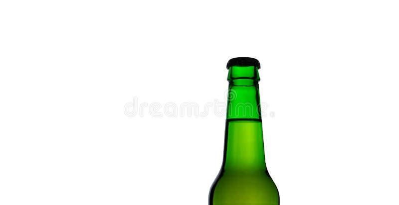绿色啤酒瓶被隔绝的上面  库存照片