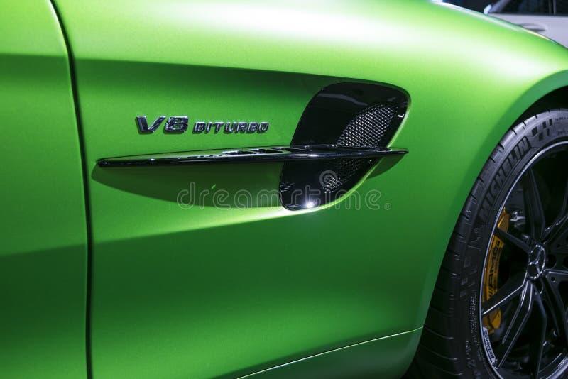 绿色奔驰车AMG广义相对论2018年V-8双涡轮外部细节 侧视图 汽车外部细节 图库摄影