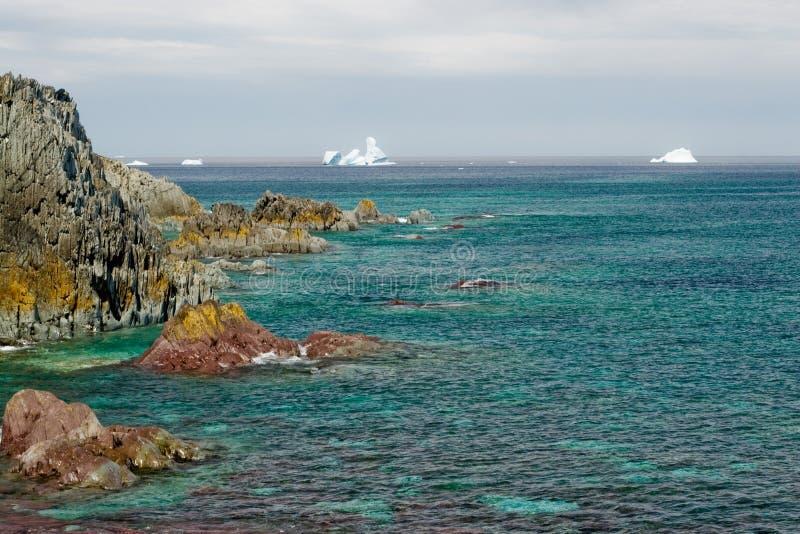 绿色展望期冰山海运 免版税库存图片