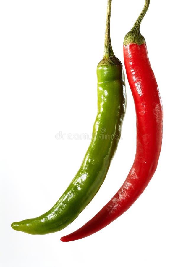 绿色意大利辣味香肠红色 库存照片