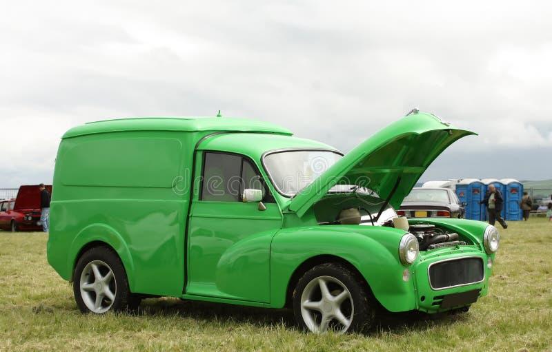 绿色有篷货车 库存照片