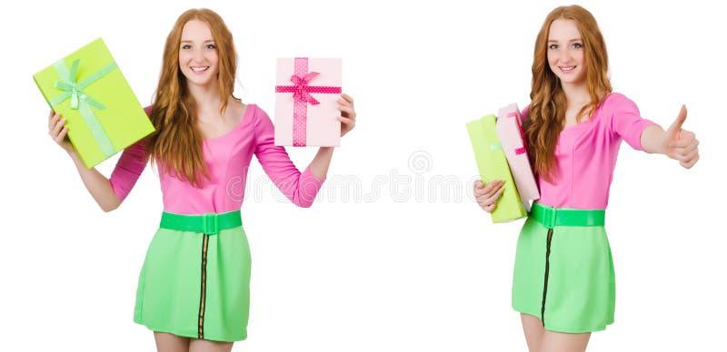 绿色裙子的美女有giftbox的 免版税图库摄影
