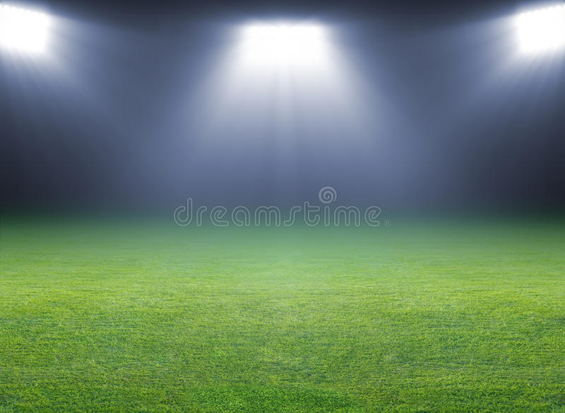 绿色足球场 免版税库存图片