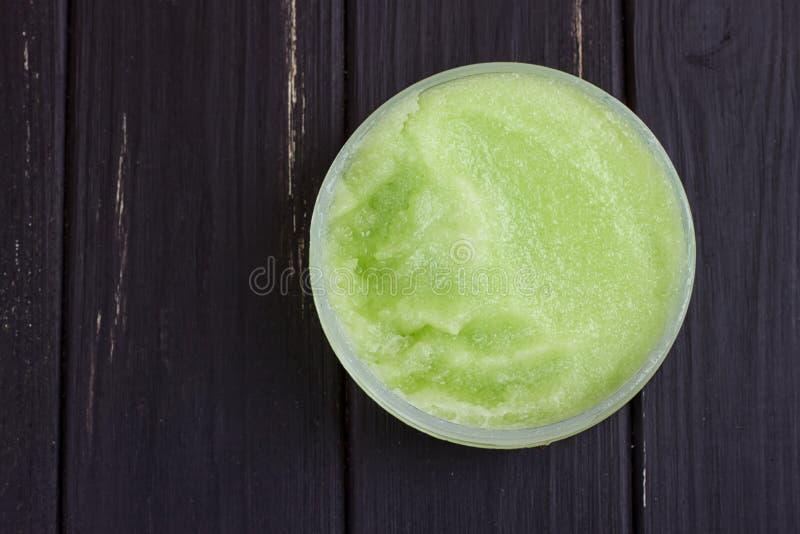 绿色身体洗刷 免版税库存图片