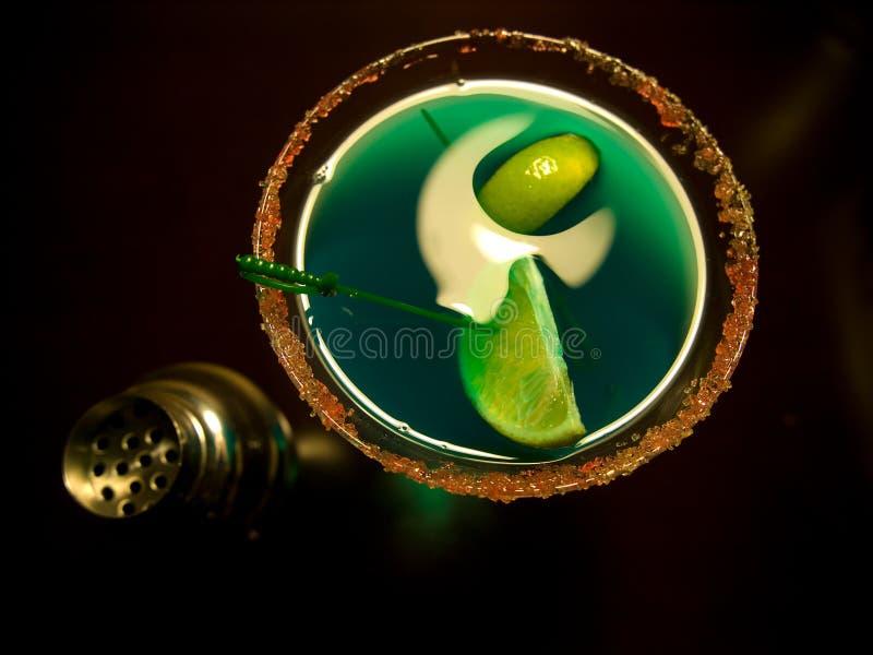 绿色马蒂尼鸡尾酒 免版税库存图片