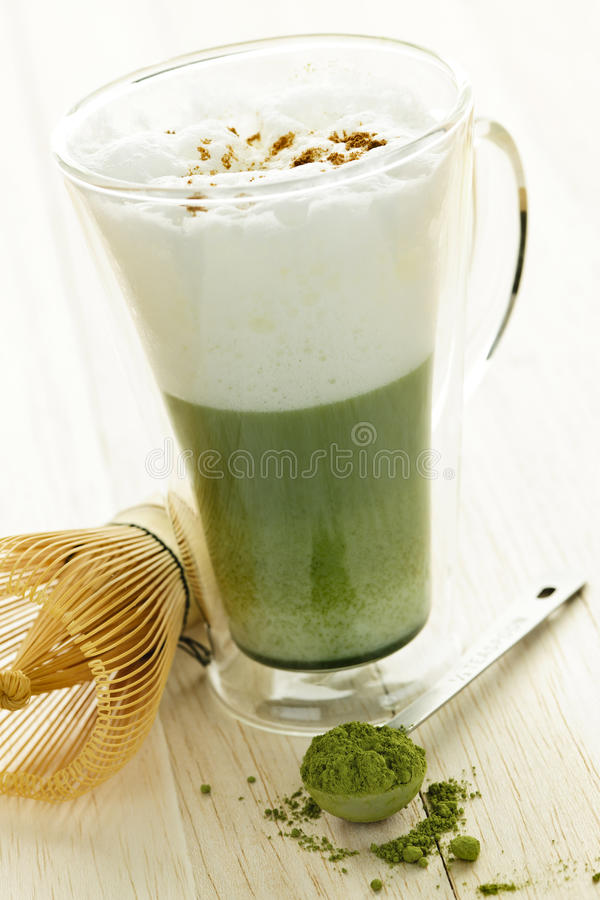 绿色latte matcha茶 图库摄影