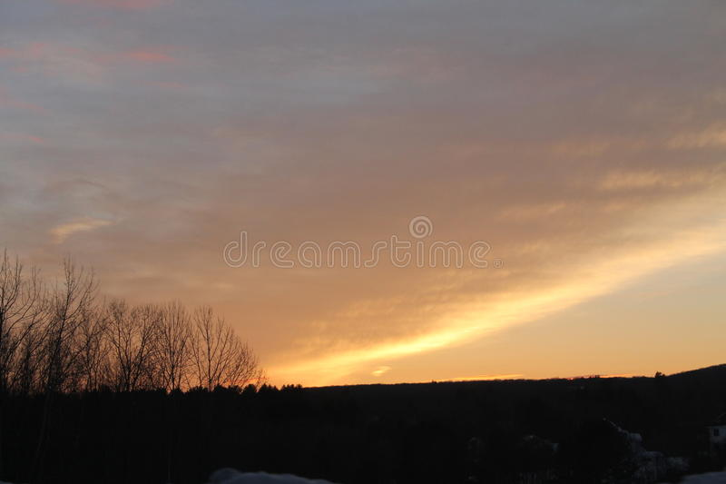 Download 缅因日落 库存照片. 图片 包括有 云彩, beautifuler, 季节, 缅因, 日落, 天空, 冬天 - 59102248