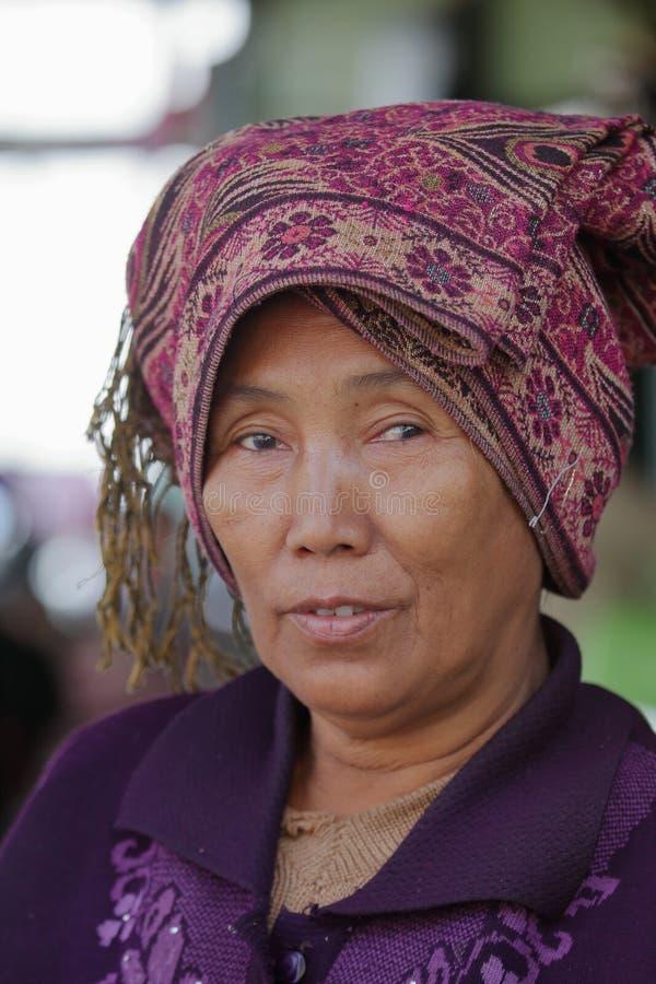 缅甸的老妇人 免版税库存照片