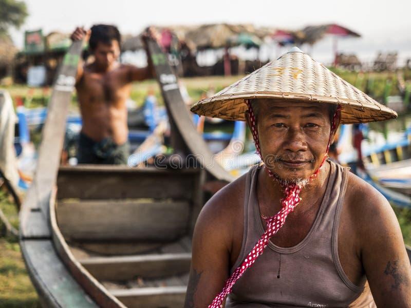 缅甸船员画象在Amarapura,曼德勒,缅甸 免版税库存图片