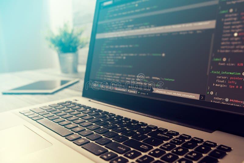 编制程序代码节目估计编码人开发开发商发展 库存照片