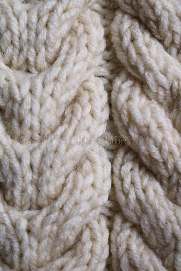 编织片断从羊毛毛线的 免版税库存图片