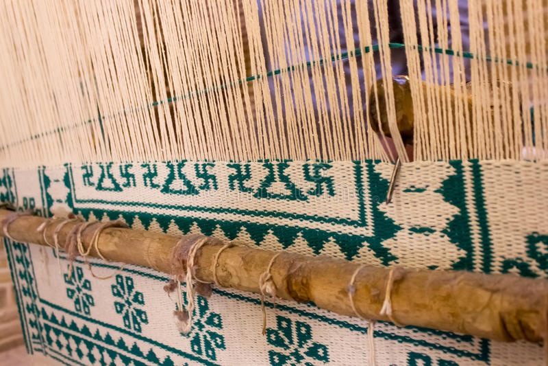 编织在伊朗的地毯 免版税库存照片