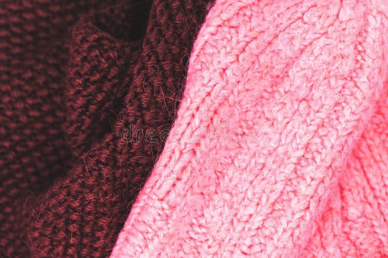 编织羊毛纹理背景的冬天 五颜六色的被编织的hori 免版税图库摄影