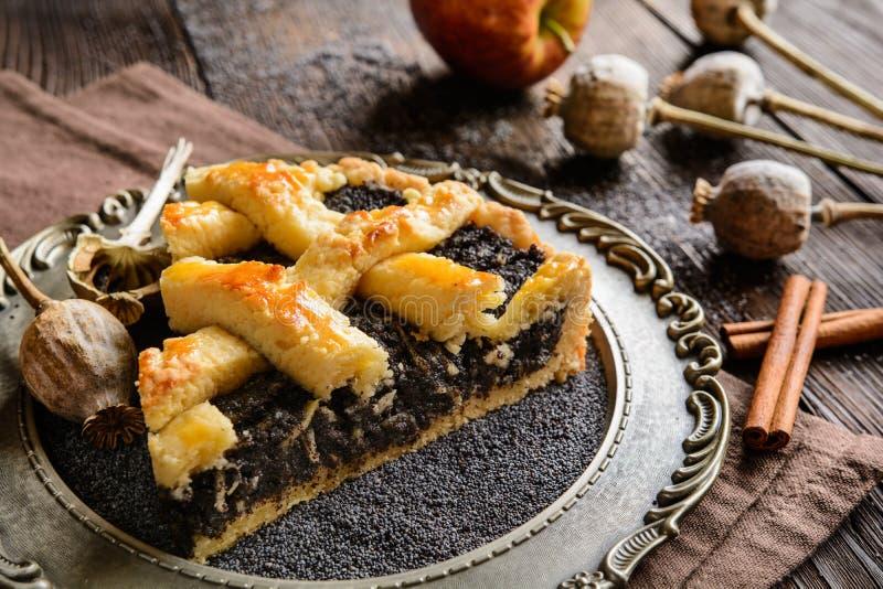 罂粟种子蛋糕 库存图片