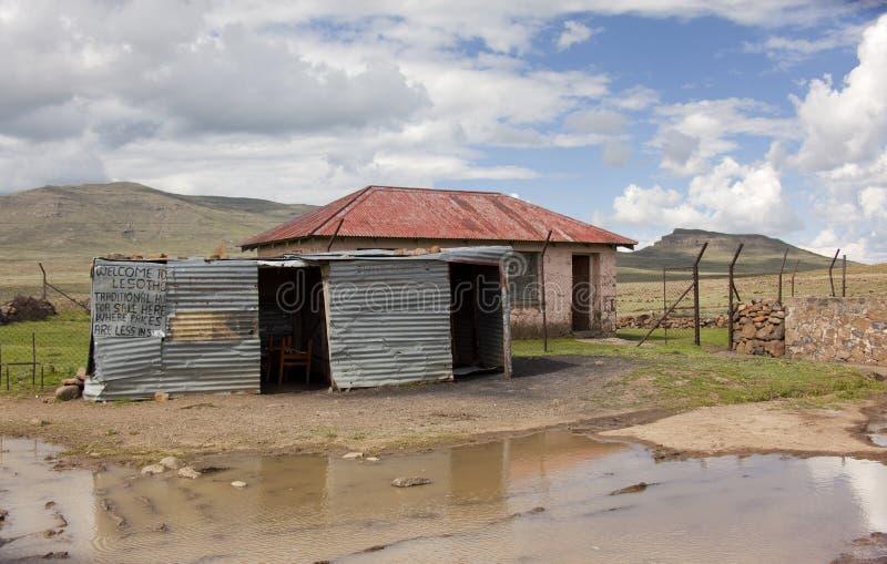 罐子棚子商店在莱索托 图库摄影