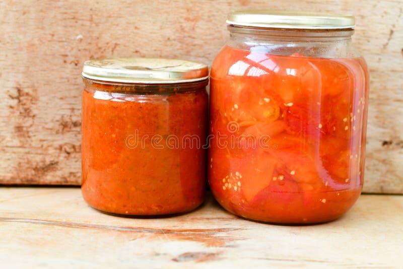 罐装蕃茄 库存图片
