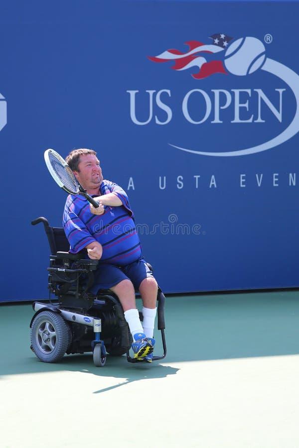 网球员从美国的尼古拉斯泰勒在美国公开赛2014年轮椅方形字体期间选拔比赛 免版税库存图片