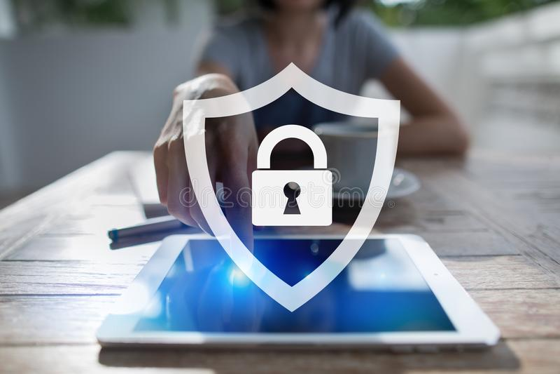 网络安全、数据保护、信息安全和加密 互联网技术和企业概念 库存图片