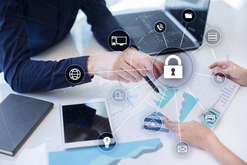 网络担保信息保密性数据保护互联网技术概念 库存照片