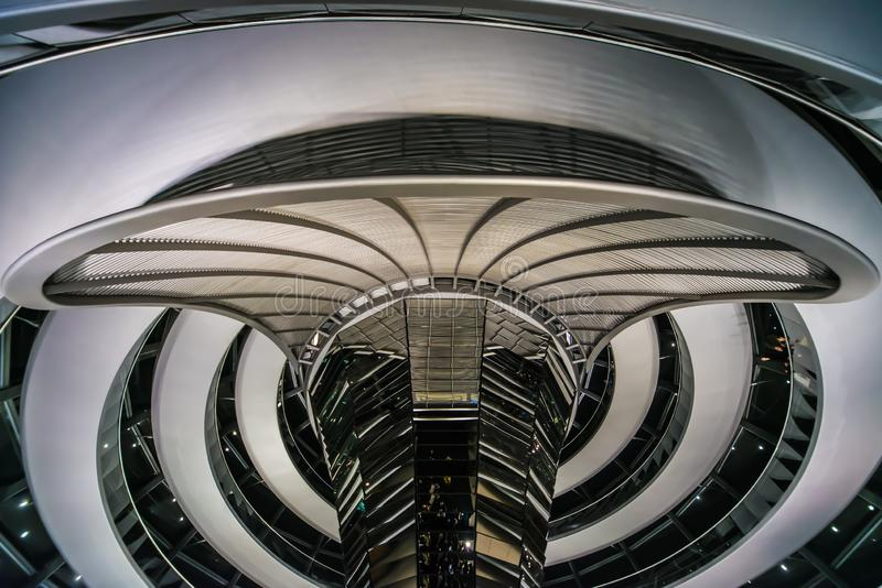 网络死命现代建筑学柏林Reichskuppel 免版税库存图片