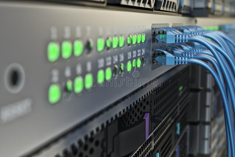 网络连接和互联网通信硬件,数据中心通讯工具 免版税库存照片