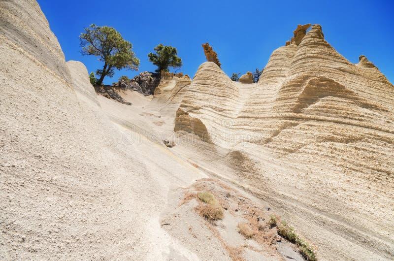 罕见的地质结构风景看法在一个火山的风景(moonscape)的在特内里费岛,西班牙 库存照片