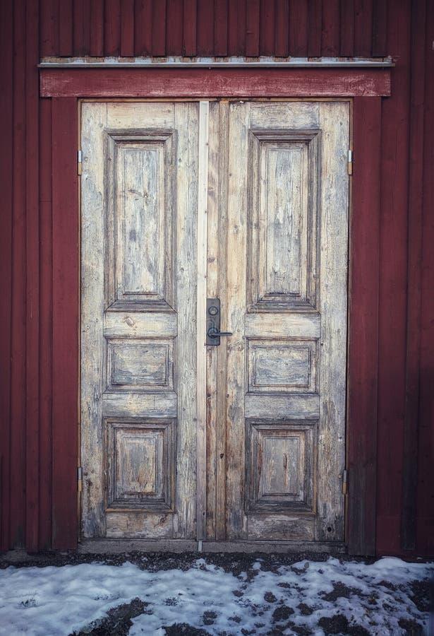 罕见的木门在Åmål 免版税库存照片