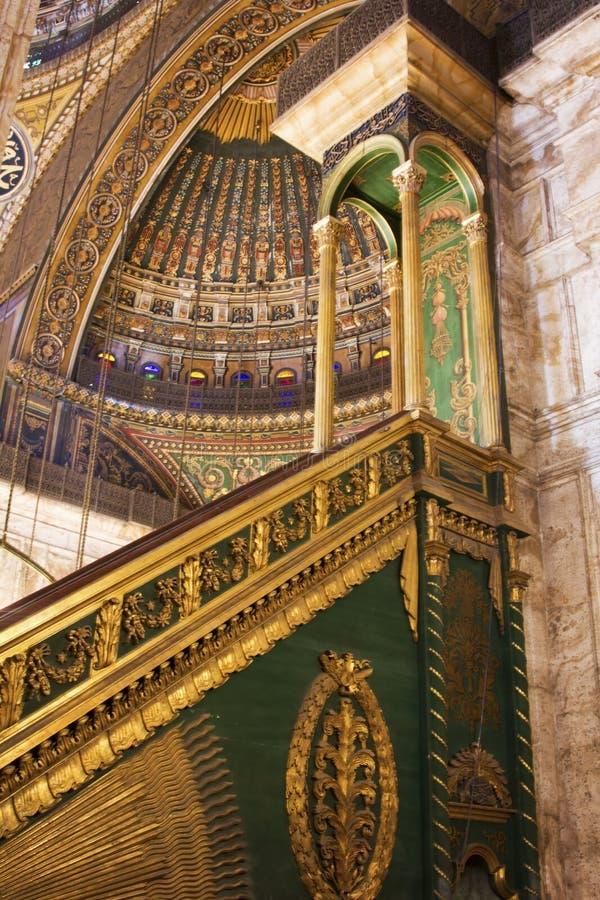 默罕默德阿里清真寺内部在开罗城堡,埃及 库存图片