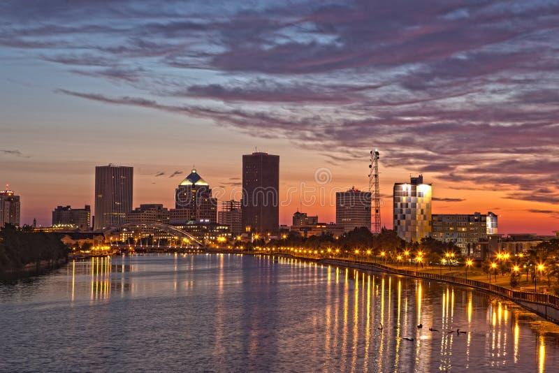 罗切斯特, NY,美国地平线在黎明 库存照片