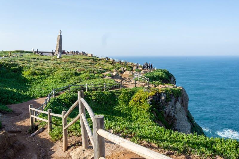 罗卡角,葡萄牙 在大西洋的峭壁,欧洲大陆的最向西的点 图库摄影