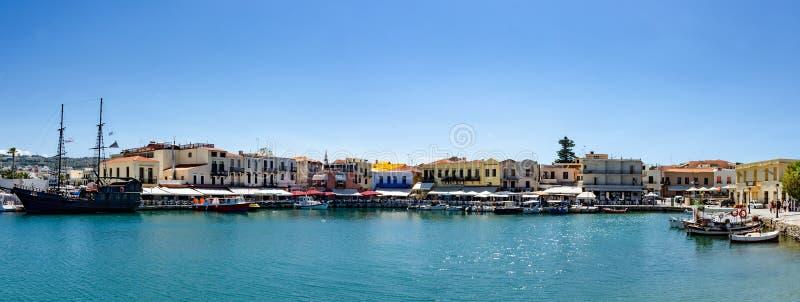 罗希姆诺港口Oldtwon在希腊 库存图片