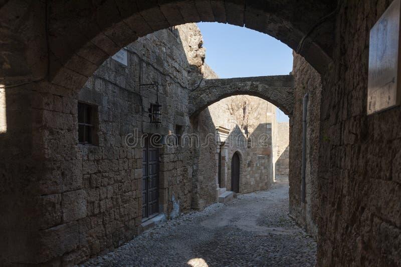 罗得岛中世纪街道  库存图片