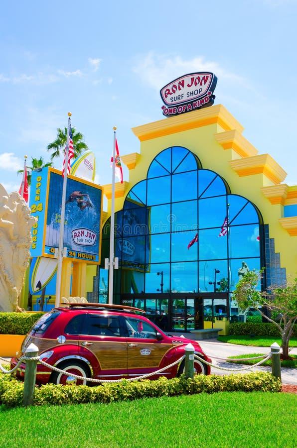 罗恩乔恩海浪商店可可粉海滩佛罗里达 库存照片