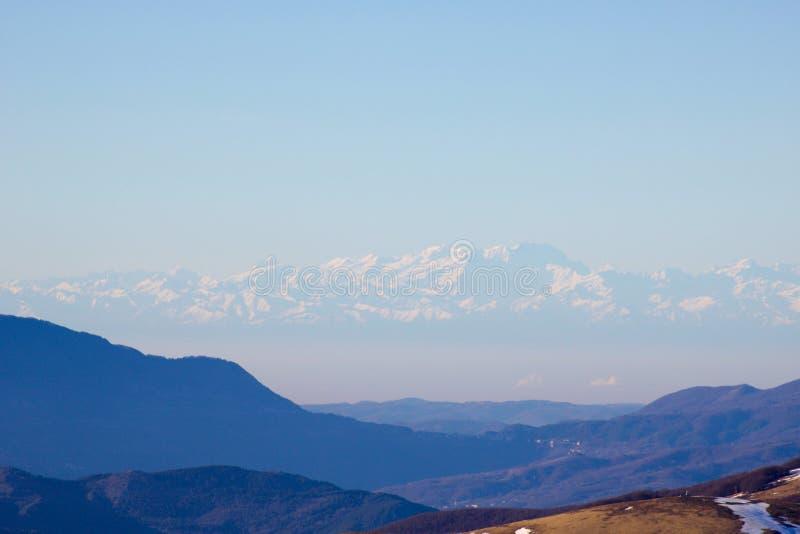 罗斯从登上黄牛的登上和阿尔卑斯视图 免版税库存照片