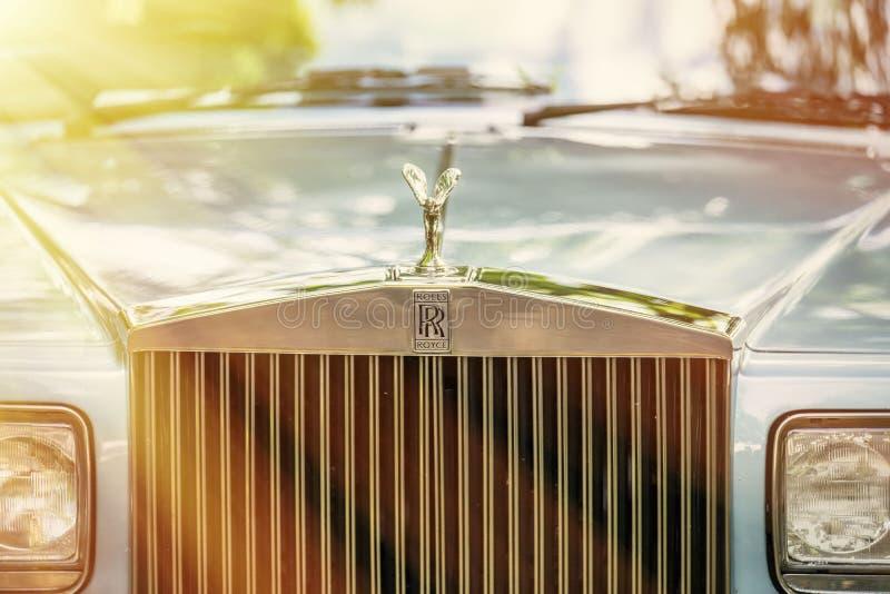 罗斯劳艾氏的贝得福得,贝德福德郡,英国6月2日2019片段 罗斯劳艾氏被限制的汽车是英国豪华汽车制造商 库存图片