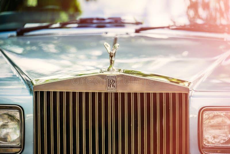 罗斯劳艾氏的贝得福得,贝德福德郡,英国6月2日2019片段 罗斯劳艾氏被限制的汽车是英国豪华汽车制造商 图库摄影