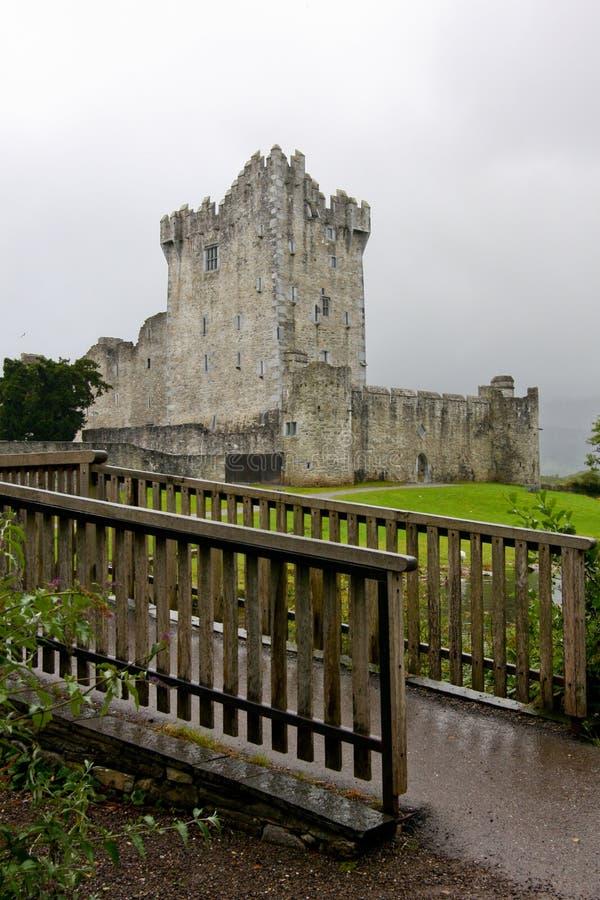 罗斯城堡废墟在基拉尼,爱尔兰 免版税库存照片