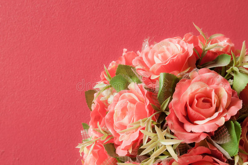 罗斯,人造花。 库存图片
