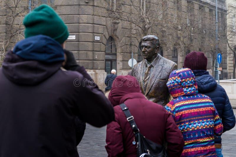 罗纳德・里根雕象在布达佩斯 免版税库存照片